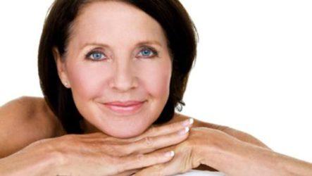 Как не стареть после 50: программа ухода за лицом