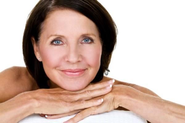 Уход за кожей лица после 50 лет в домашних условиях