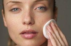 Почему на лице появляются жировики (липомы) и как от них избавиться в салоне и дома
