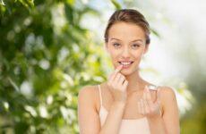 Как ухаживать за своим лицом летом? Советы косметолога